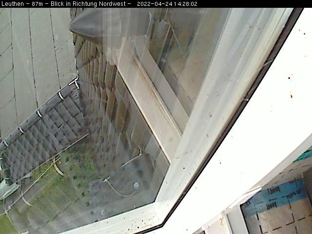 http://www.leuthen-wetter.de/Webcam/CL87m/image.jpg